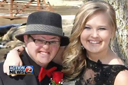 Down Syndrome In Inspiring Prom Message2