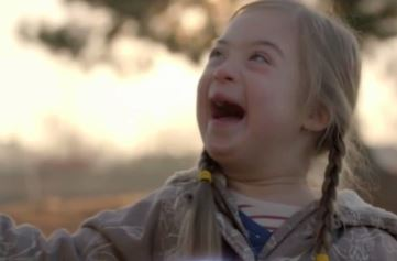 Super Bowl commercial to feature girl with Down syndrom