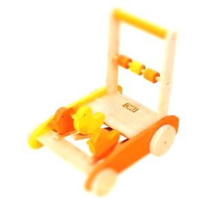 baby-walkerpipi-tiltshift