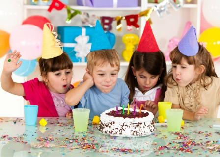 kids-birthday-party-cake