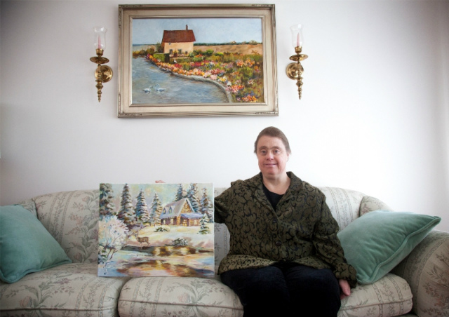 small_Down syndrome doesnt stop artist from painting